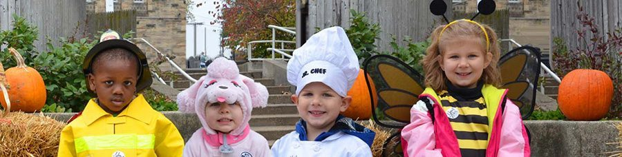 Image of children in costumes at the Zoo for Little Boo